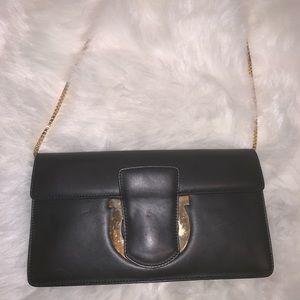 ferragamo shoulder purse